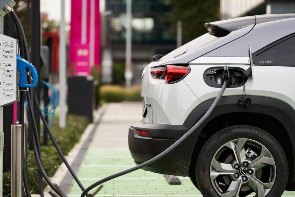 Bonton Za Vozače Električnih Vozila