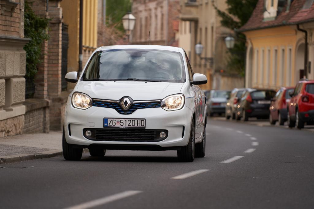 7 dana s Renault Twingom Z.E.